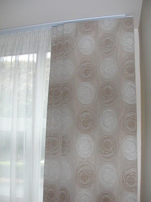 3-pályás, 5-panelos lapfüggöny sín, fehér színben