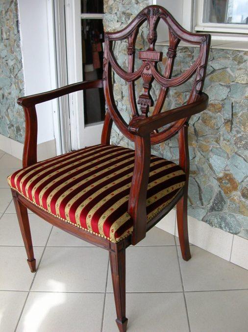 Antik és stil bútorok