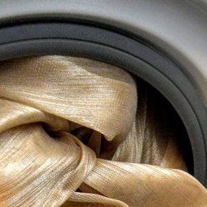 Hogyan tisztítsuk függönyeinket