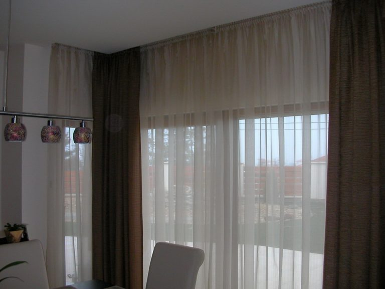 Étkező függöny – Függönymester
