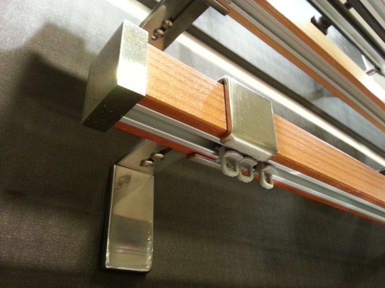 Quadro 1-soros belső sínes rúdkarnis