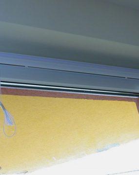 Ablakszárnyra szerelt római roló – Függönymester
