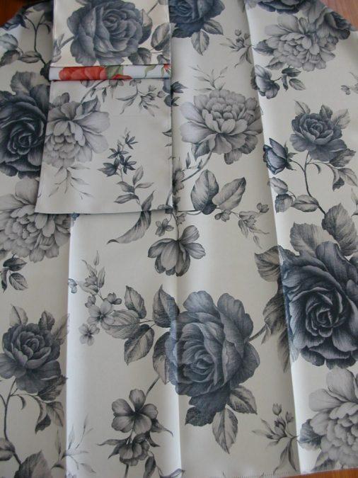 Gardenia ORLEANS rózsa mintás Black out függöny